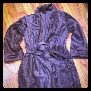 Soma intimates robe